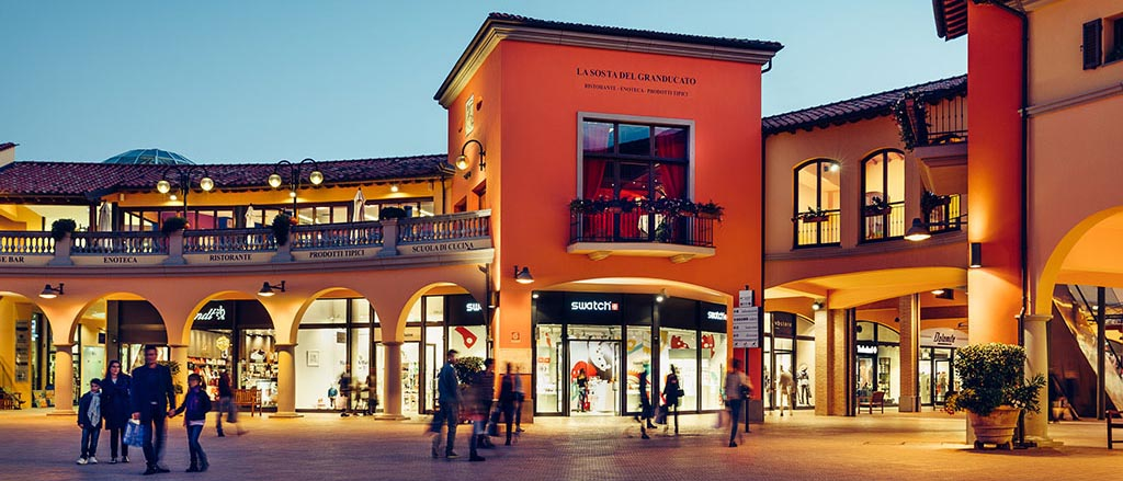 Valdichiana Outlet Village About Us